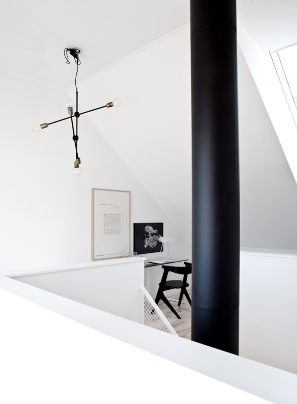 Blooc House - curate this space